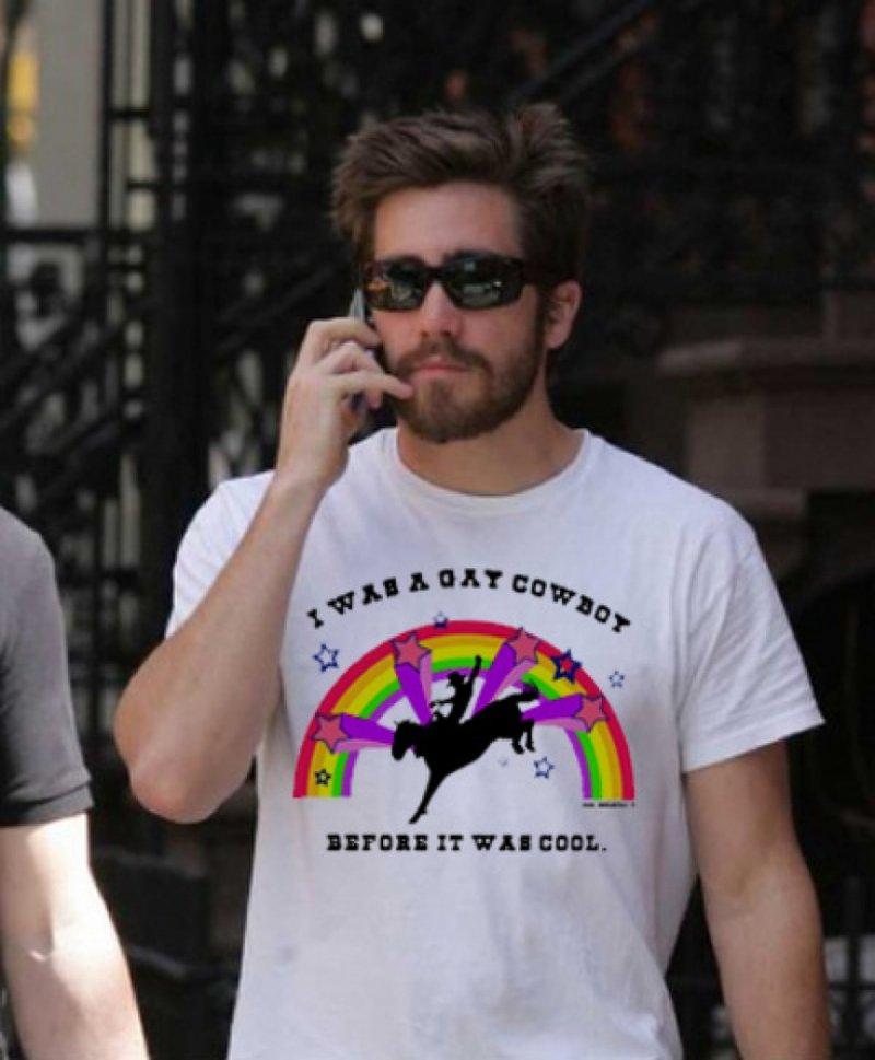 Jake Gyllenhaal-12 Celebrities Wearing Funny T-Shirts