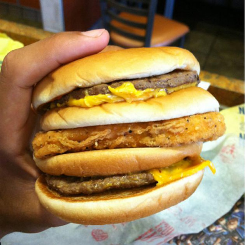 They are Well Aware of McGangbang -15 McDonald's Secrets Their Employees Are Hiding From You