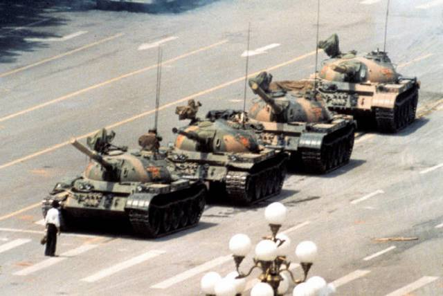 Tank Man-Pics That Will Melt Your Heart