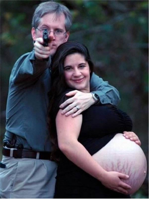 A Picture Can Say A Million Words-Awkward Couple Photos
