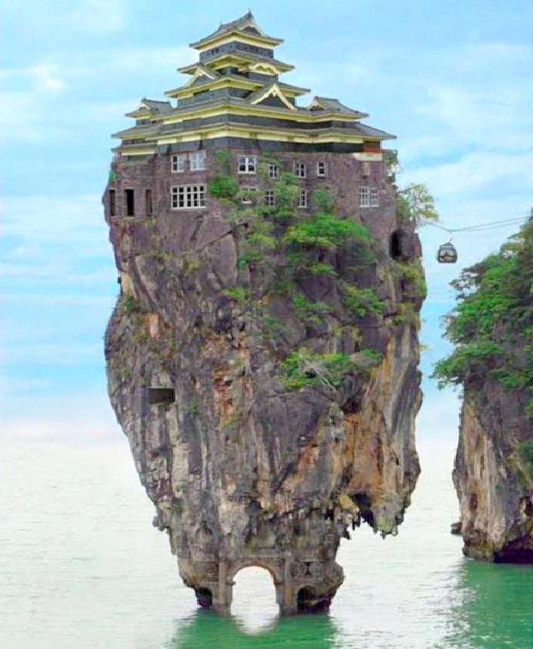 Hilltop-Most Amazing Houses
