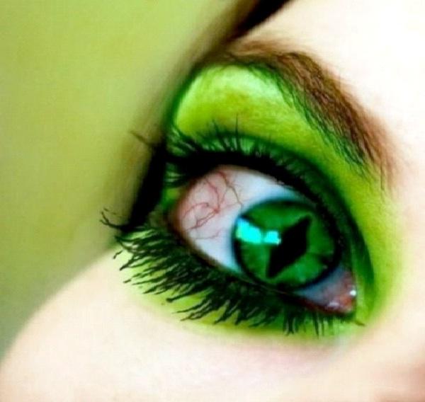 Green Goblin-Crazy Eye Make Up