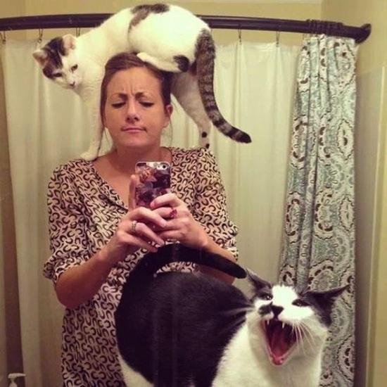 Put the animals away-Worst Mirror Selfies Ever