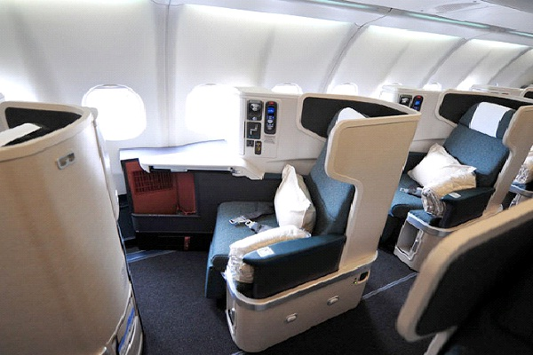 Cathay Pacific-Most Luxurious Airlines