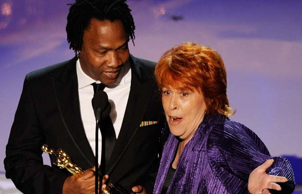 The interruption-Most Bizarre Moments At Oscars Ever