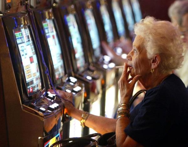 Adults-Insane Fact About Gambling