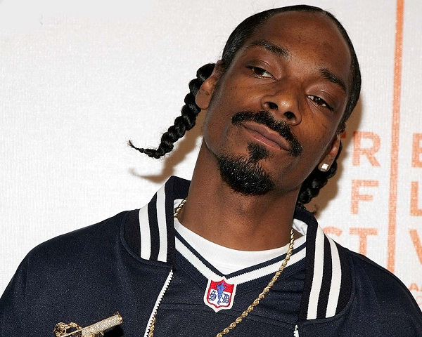 Snoop Dogg-Celebs That Do Drugs