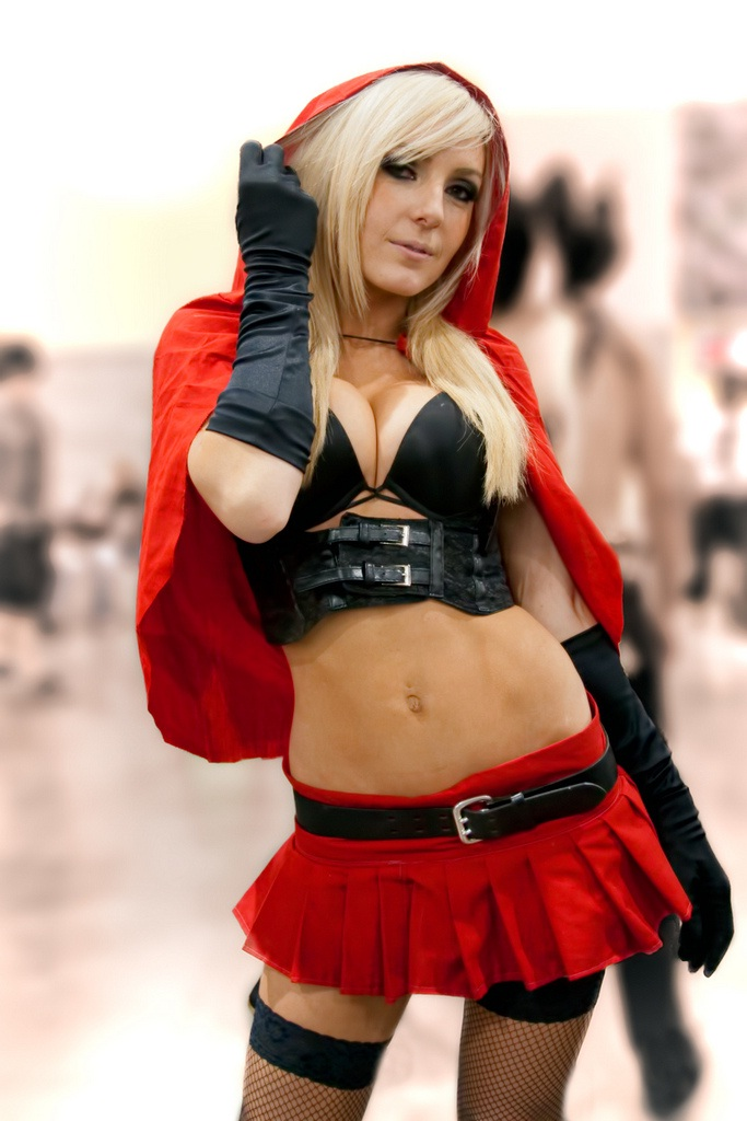 Little Red Riding Hood-24 Best Jessica Nigri Cosplays Ever