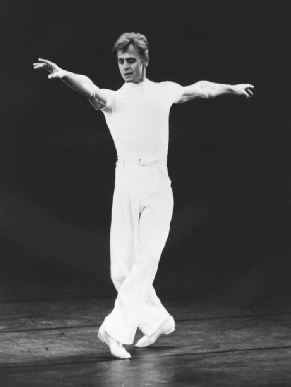 Mikhail Baryshnikov-Best Dancers Around The World
