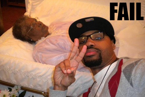 Beyond Belief-Worst Funeral Selfies Ever