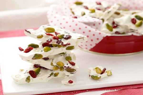 White Chocolate Holiday Bark-Christmas Recipes