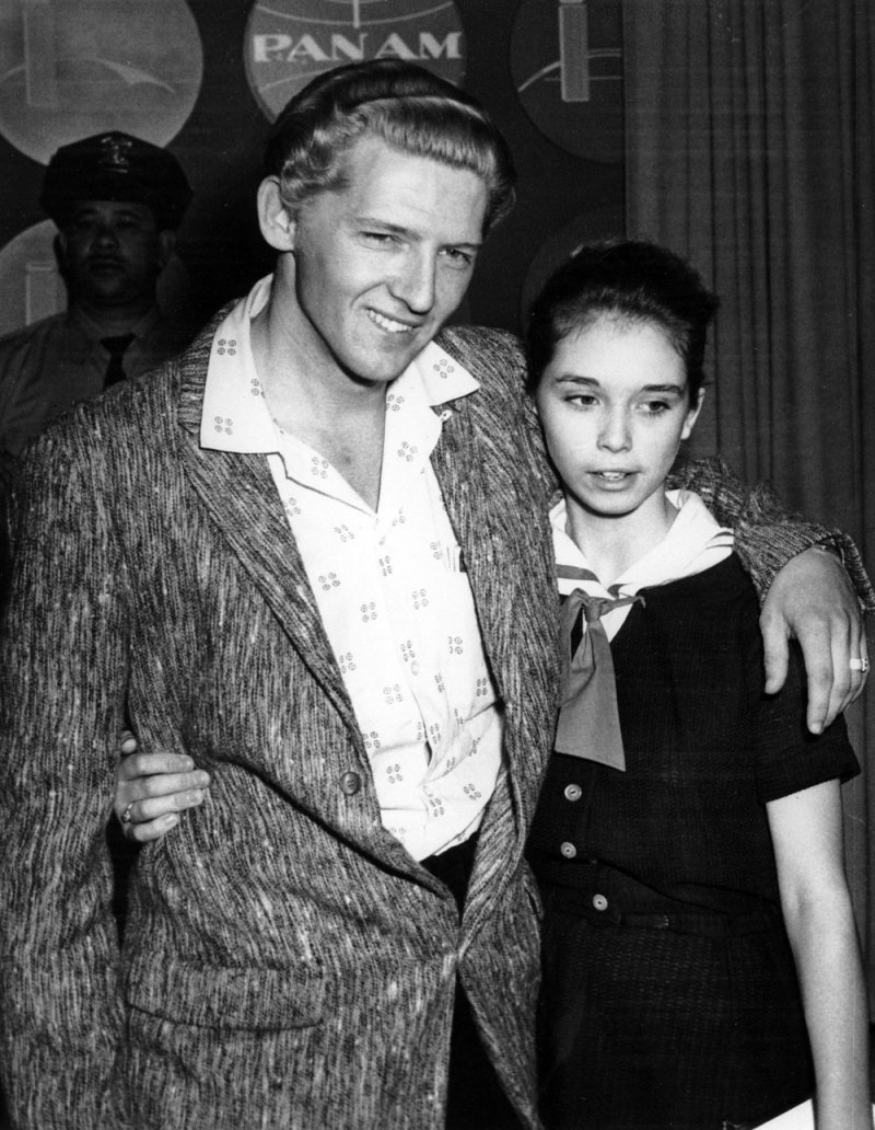 Jerry Lee Lewis-15 Famous Personalities Who Married Their Family Members