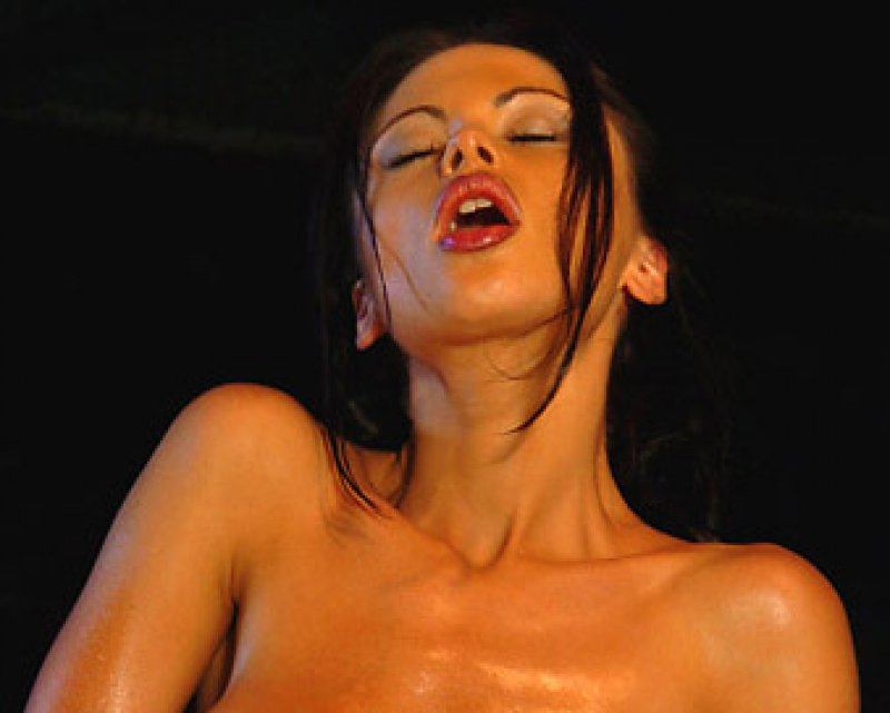 Longest Orgasm-15 Unusual And Sexy World Records-6997