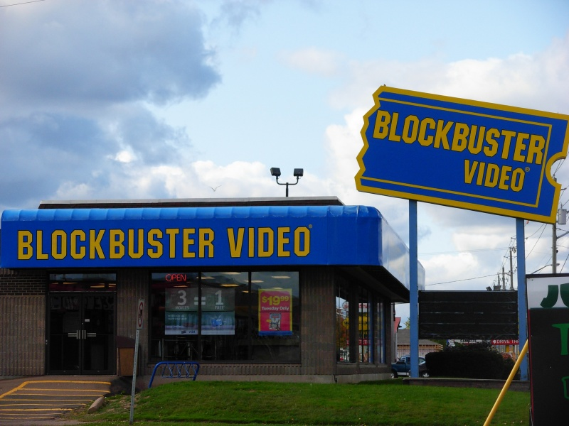 When Blockbuster Failed to Grab a Real Blockbuster-15 Things You Don't Know About Netflix