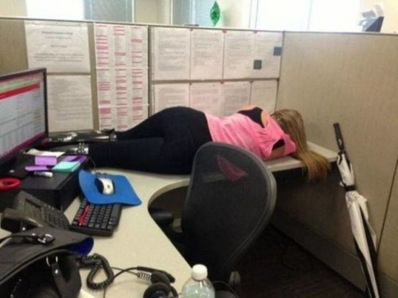 15 People Who Were Caught Taking A Quick Nap At Work