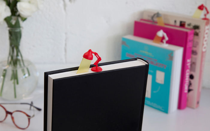 This Reading Light Bookmark-15 Bookmarks You Must Have If You Are A Bookworm