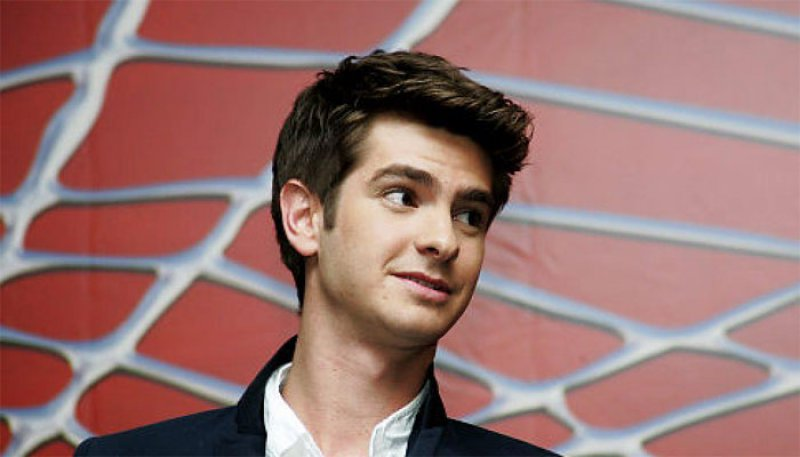 Andrew Garfield-15 Celebrities Who Look Younger Than They Actually Are