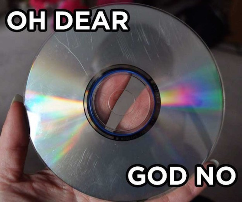 A Scratched CD-15 Struggles That Will Give You Nostalgia If You Are A 90's Kid