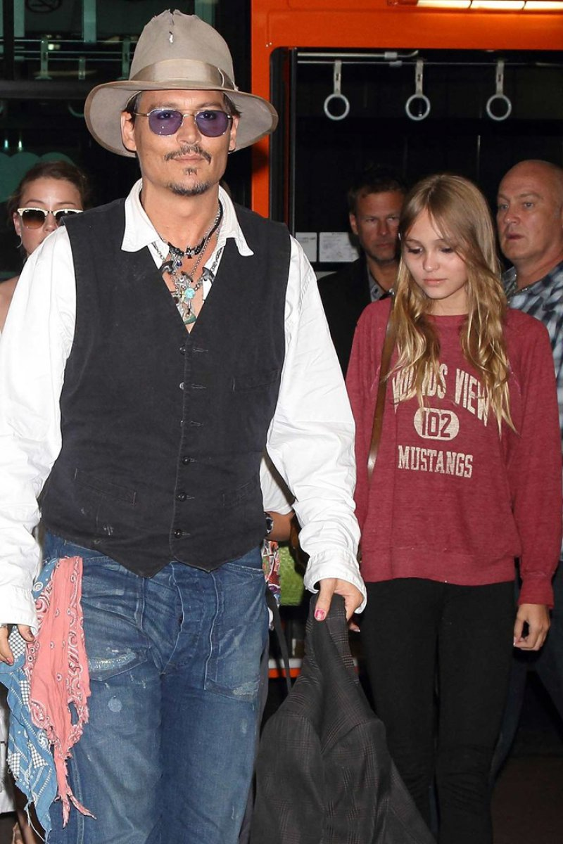 Lily-Rose Depp, Daughter of Johnny Depp and Vanessa Paradis-15 Celebrity Kids Who Have Grown Up Hot