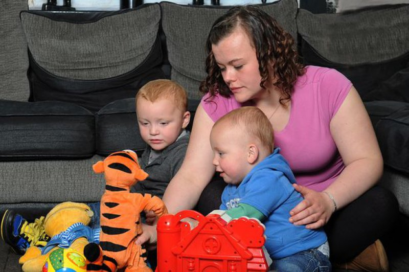 Alleshia Gregson, UK-9 Youngest Parents Ever