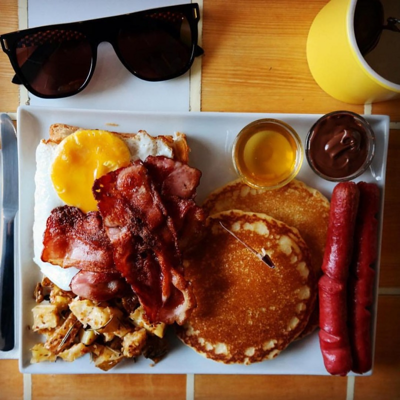 Mouth Watering Food You Can Eat at This Place-Breaking Bad Coffee Shop Is The Best Coffee Shop You Will Ever See