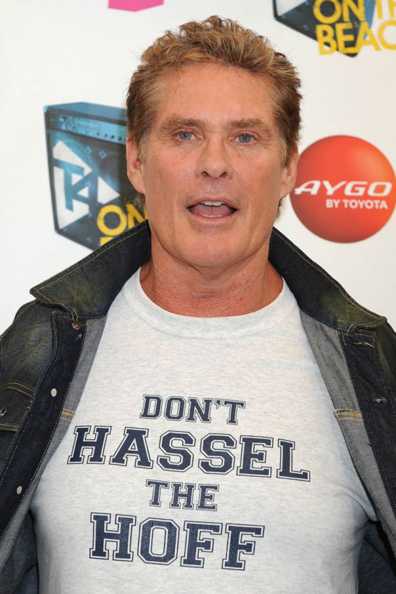 David Hasselhoff-12 Celebrities Wearing Funny T-Shirts