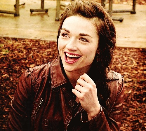 Crystal Reed Effortless-12 Famous Hottest Women With Dimples