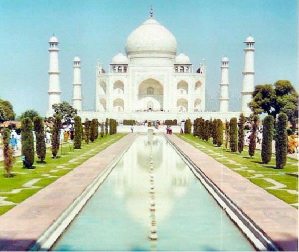 Taj Mahal - India-Most Romantic Places In The World