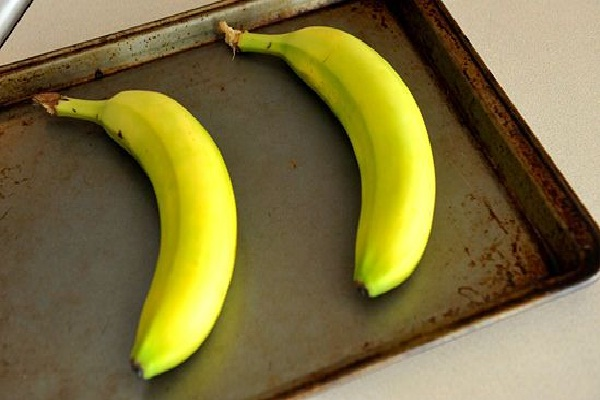 Ripen bananas with your oven-Amazing Kitchen Hacks
