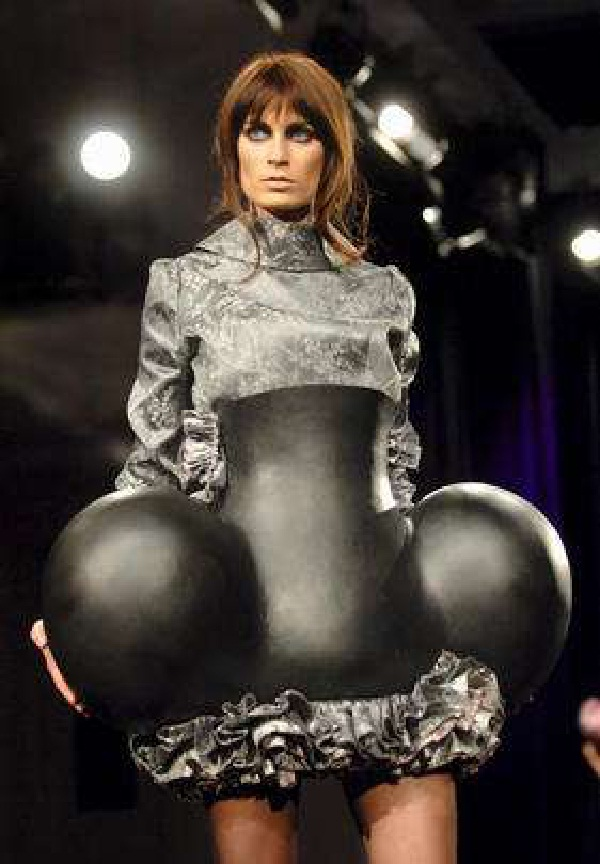 Professionalism-Craziest Catwalk Shows