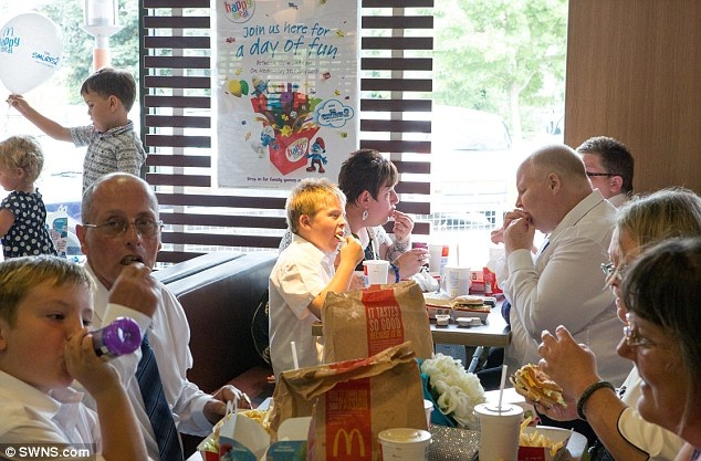 The party-Pics Of People Getting Married In McDonalds