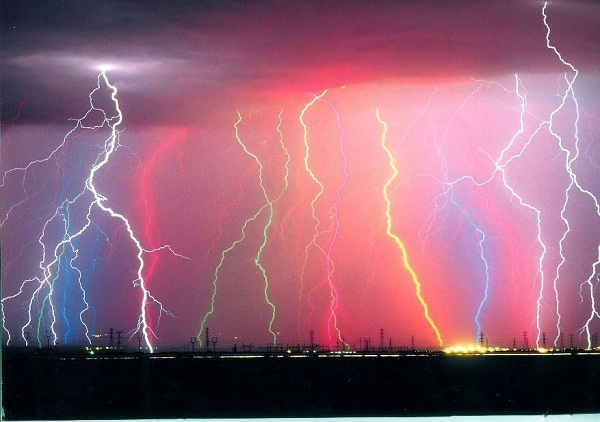 Lightning-Weird Accidents Which Are Hard To Believe