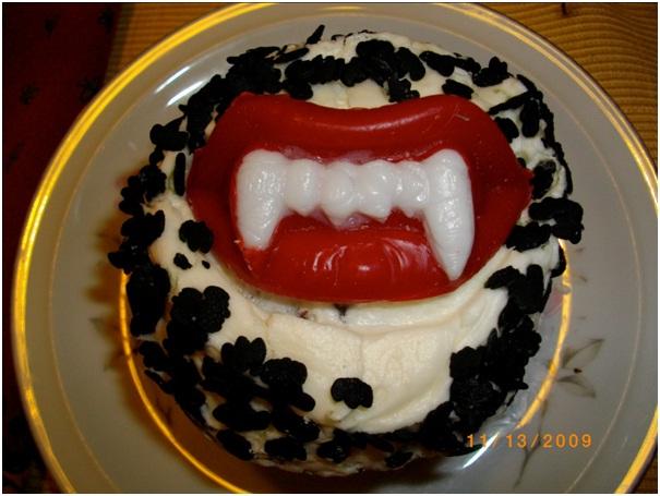 Dracula Cupcake-Halloween Cupcakes