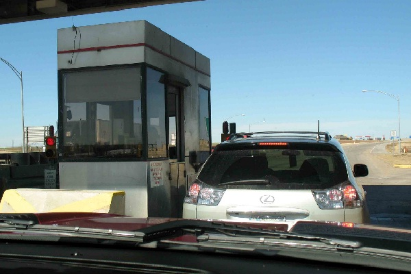 Toll booth collector-15 Worst Jobs Ever