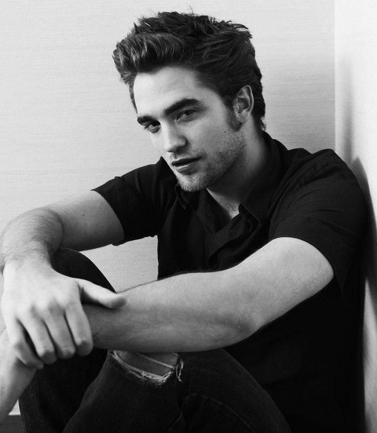 Robert Pattinson-Celebrities Who Can Actually Sing