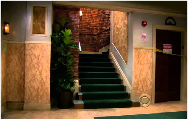 Big Bang Theory Stairs-15 Things You Didn't Know About The Big Bang Theory