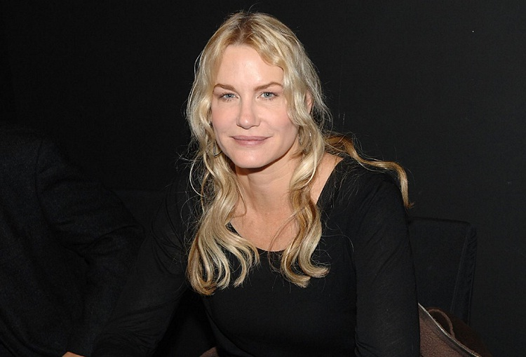 Daryl Hannah-Mind Blowing Facts About Celebrities