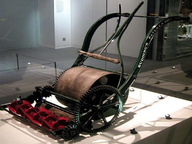 Lawnmower-Things Invented In Britain