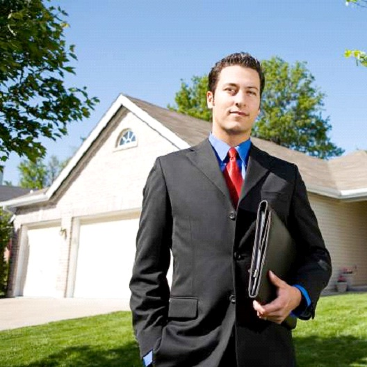 Real Estate Broker-Good Paying Jobs That Don't Require A College Degree