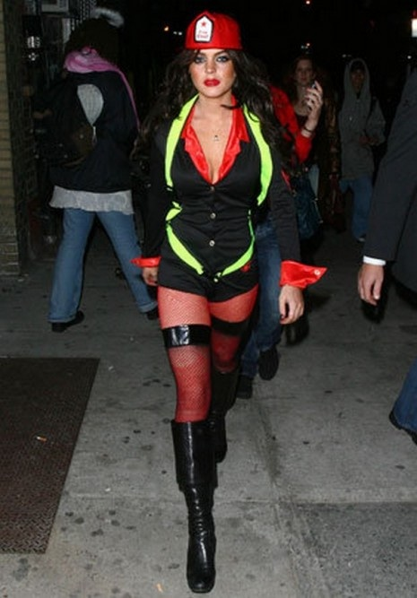 Lindsay Lohan-Celebrities In Hot Halloween Costumes
