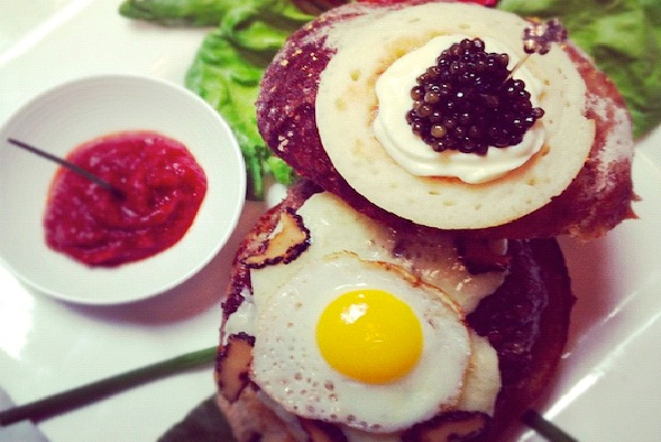 Le Burger Extravagant $295-Most Expensive Things In The World
