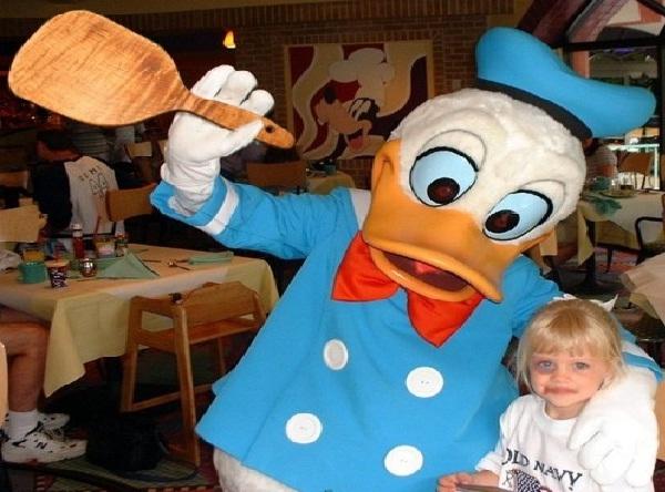 Donald the bully-Disneyland Fails