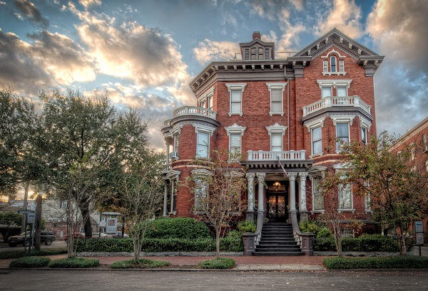 Kehoe House, Savannah, GA-Most Haunted Places In USA