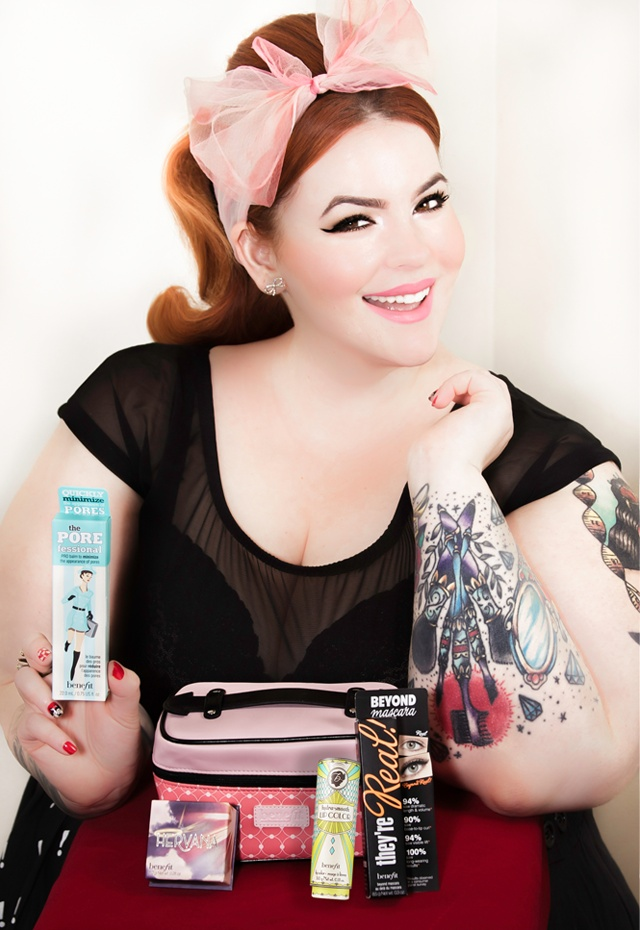 Life as a Makeup Artist-Plus Size Woman Becomes An Amazing Model To Challenge Beauty Standards