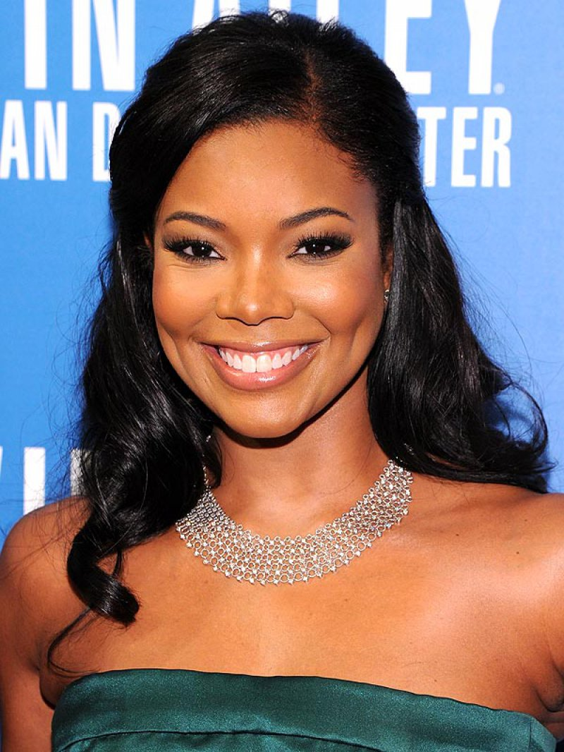 Gabrielle Union-15 Celebrities Who Look Younger Than They Actually Are