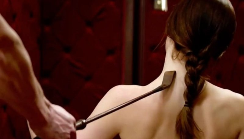 "A Bit Of ""Red Room Of Pain""-12 Sexual Fantasies Women Have But Won't Admit"