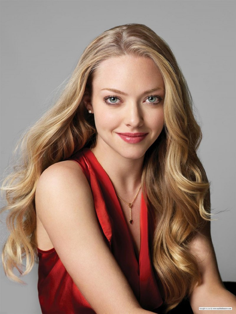 Amanda Seyfried-12 Famous Blondes In Hollywood