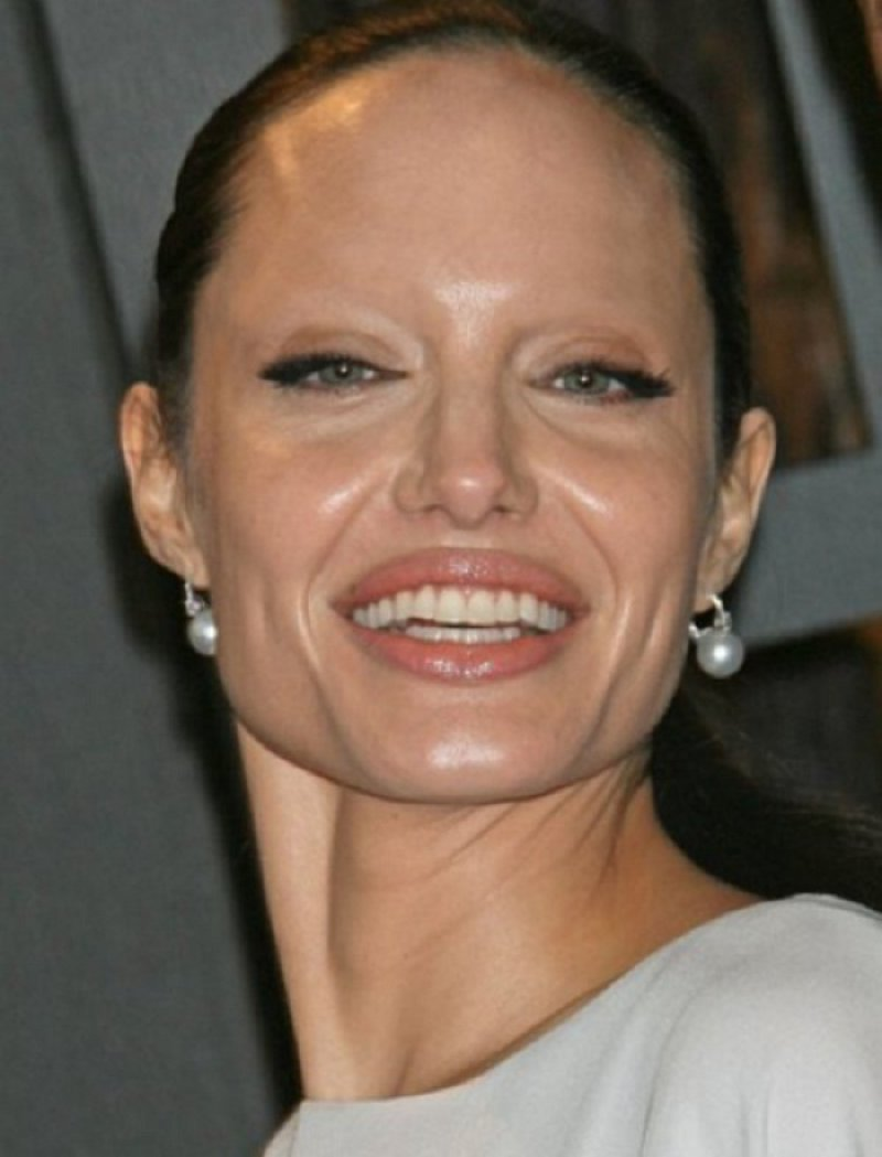 Angelina Jolie-15 Celebrities Without Eyebrows You Never Seen Before