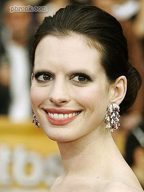 Anne Hathaway-15 Celebrities Without Eyebrows You Never Seen Before
