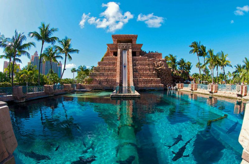 Atlantis-15 Craziest Water Slides That Will Make You Say WOW!